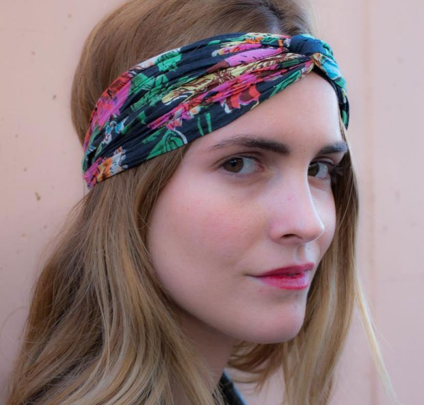 Lifestyle-headband-dark-blue