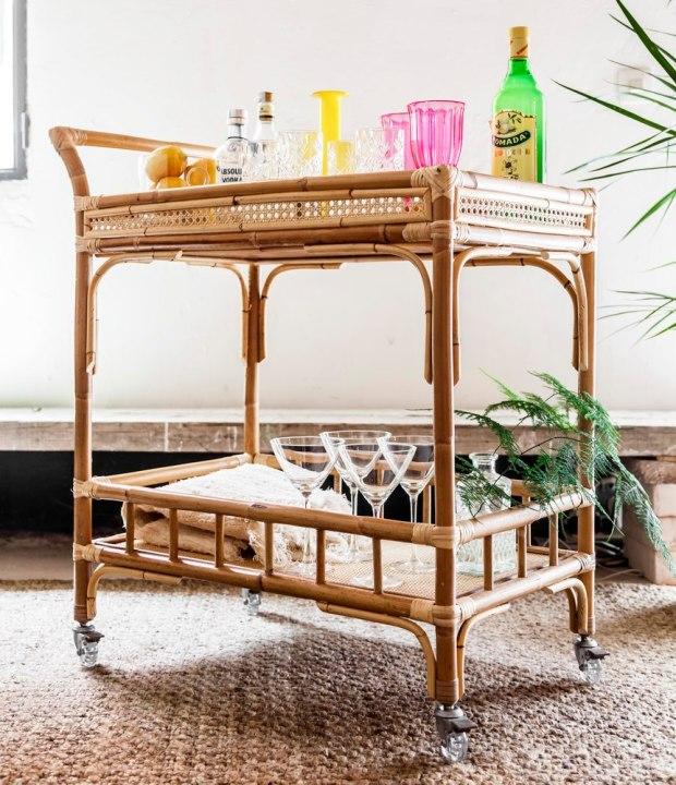 TIRETTA_(22)_living_mueble_de_caña_artesanal_hecho_en_españa_camarera_carrito_bar_cart_bambu_mimbre_tireta_coctail_retro_vintage_tiki_miami